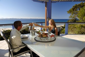 couple enjoying fresh seafood